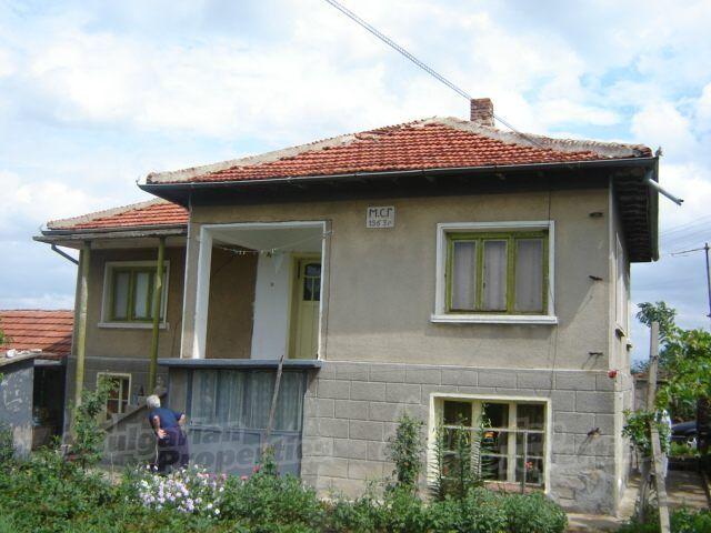 Дом в Сливене, Болгария, 1600 м2 - фото 1