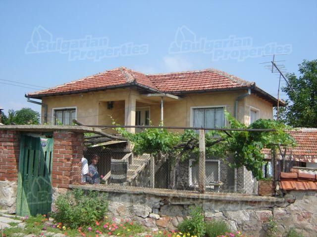Дом в Сливене, Болгария, 1500 м2 - фото 1