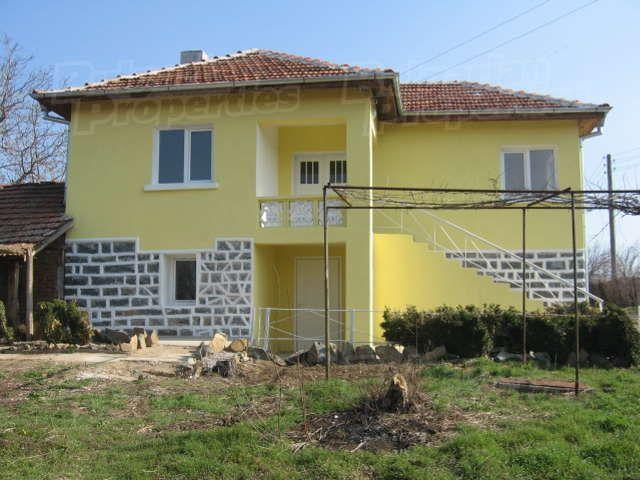 Дом в Ямболе, Болгария, 1345 м2 - фото 1