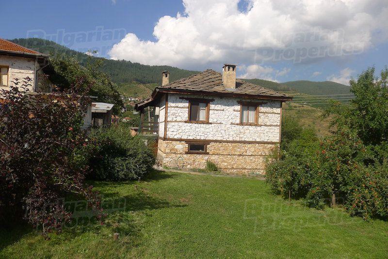 Дом в Смоляне, Болгария, 450 м2 - фото 1
