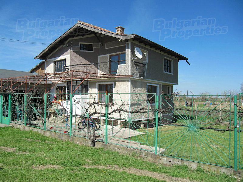 Дом в Пловдиве, Болгария, 3000 м2 - фото 1