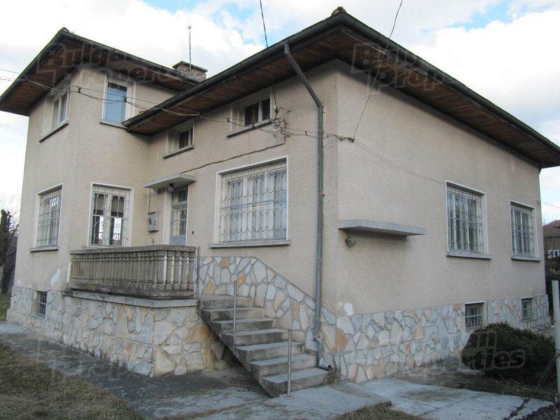 Дом в Пловдиве, Болгария, 647 м2 - фото 1