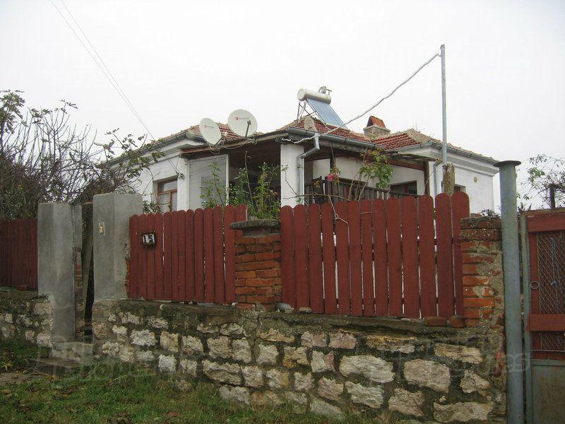 Дом в Ямболе, Болгария, 2640 м2 - фото 1