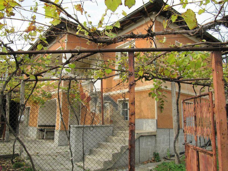 Дом в Пловдиве, Болгария, 1205 м2 - фото 1