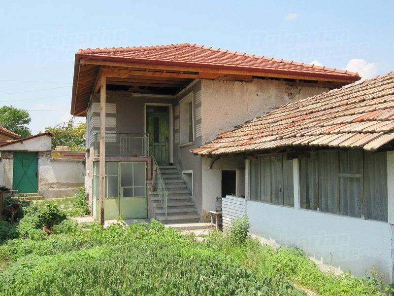 Дом в Пловдиве, Болгария, 370 м2 - фото 1