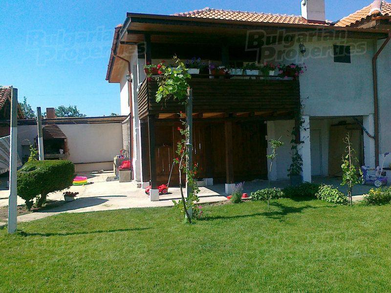 Дом в Пловдиве, Болгария, 150 м2 - фото 1