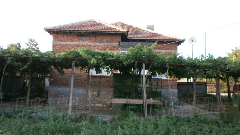 Дом в Ямболе, Болгария, 800 м2 - фото 1