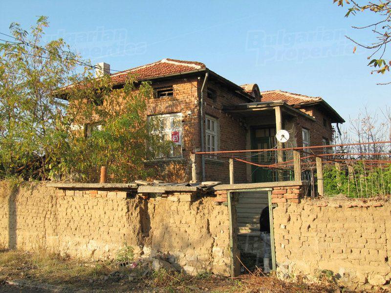 Дом в Пловдиве, Болгария, 1140 м2 - фото 1