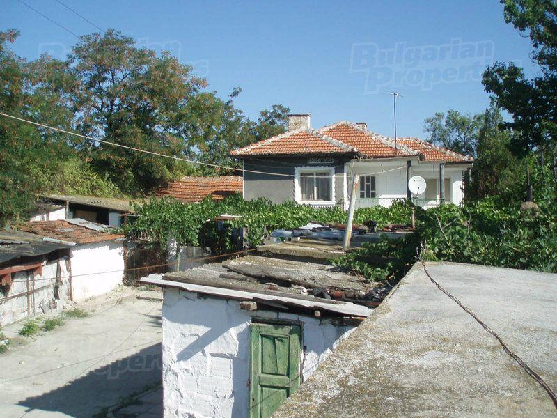 Дом в Ямболе, Болгария, 1150 м2 - фото 1