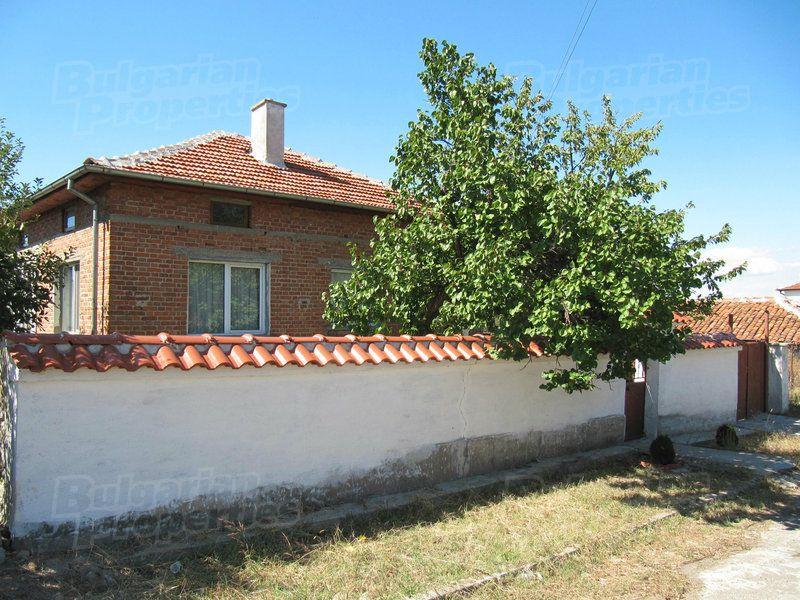 Дом в Пловдиве, Болгария, 2695 м2 - фото 1