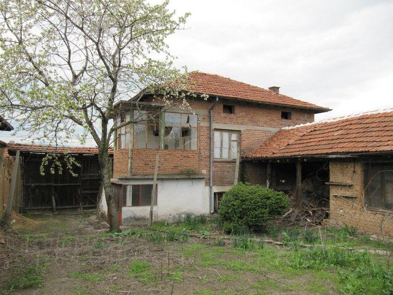 Дом в Пловдиве, Болгария, 721 м2 - фото 1