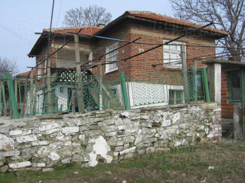 Дом в Ямболе, Болгария, 100 м2 - фото 1