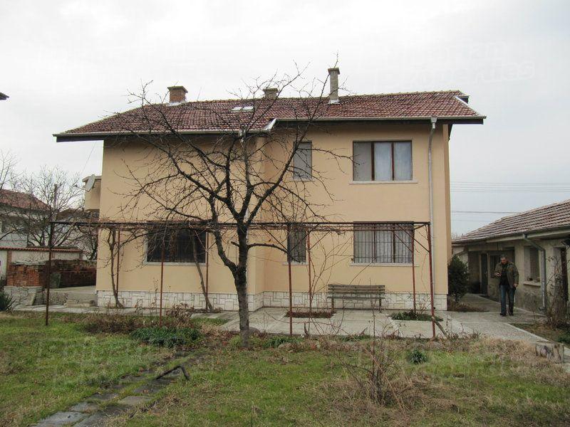 Дом в Пловдиве, Болгария, 682 м2 - фото 1