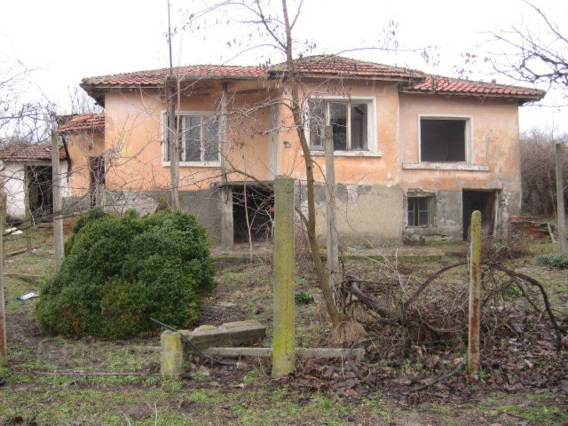 Дом в Ямболе, Болгария, 2310 м2 - фото 1