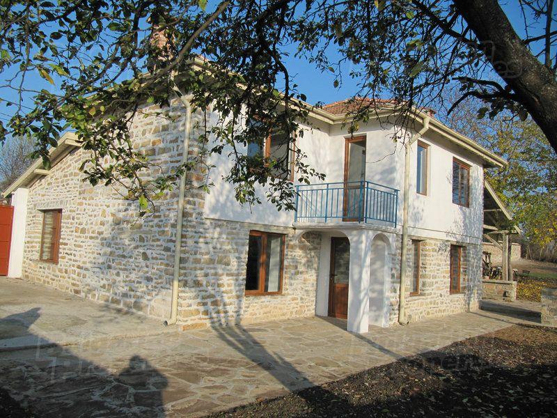 Дом в Пловдиве, Болгария, 1410 м2 - фото 1