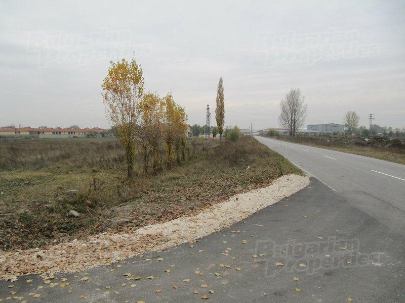 Земля в Пловдиве, Болгария - фото 1