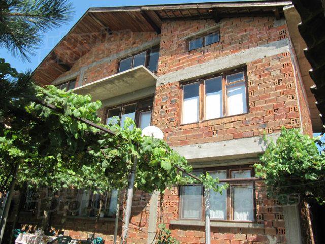 Дом в Пловдиве, Болгария, 200 м2 - фото 1