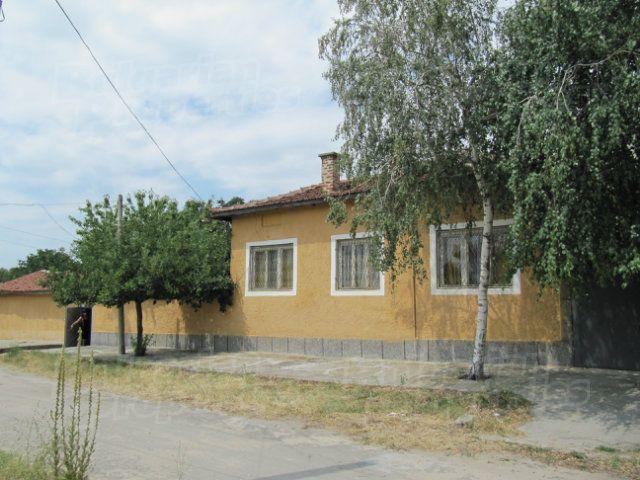 Дом в Пазарджике, Болгария, 559 м2 - фото 1