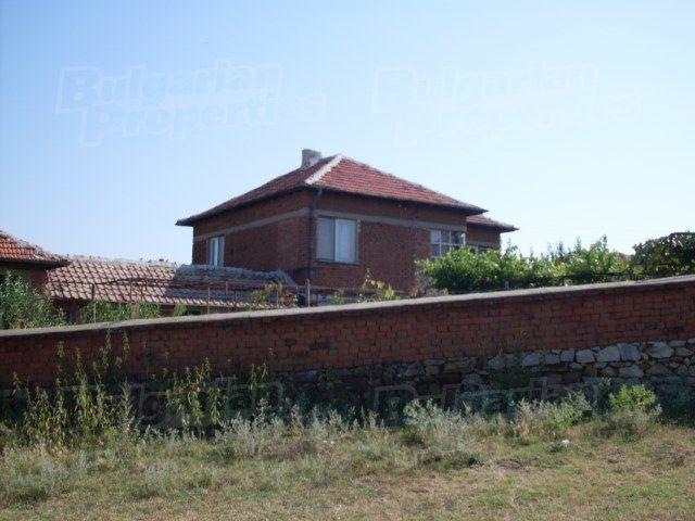 Дом в Ямболе, Болгария, 127 м2 - фото 1
