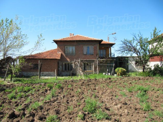 Дом в Пловдиве, Болгария, 1050 м2 - фото 1