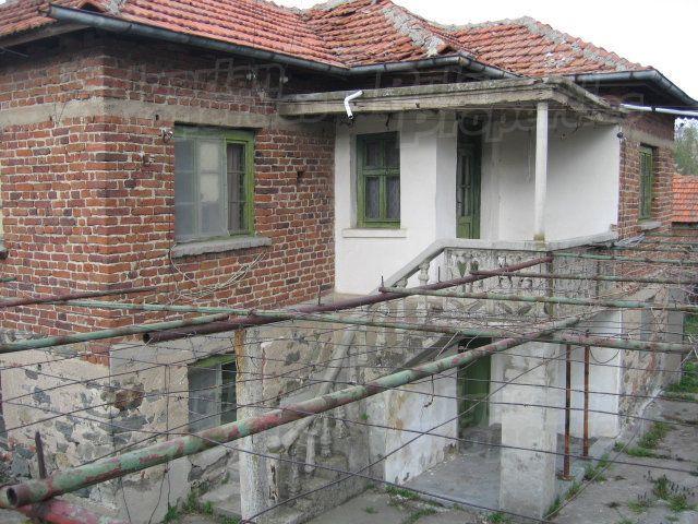 Дом в Ямболе, Болгария, 1800 м2 - фото 1