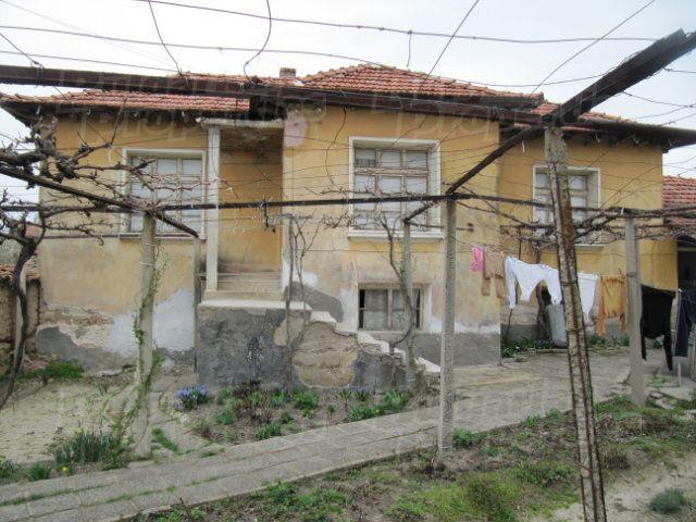 Дом в Пловдиве, Болгария, 850 м2 - фото 1