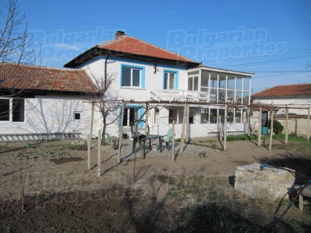 Дом в Пловдиве, Болгария, 1280 м2 - фото 1