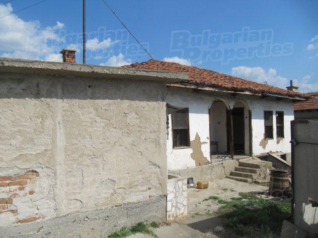 Дом в Пазарджике, Болгария, 940 м2 - фото 1