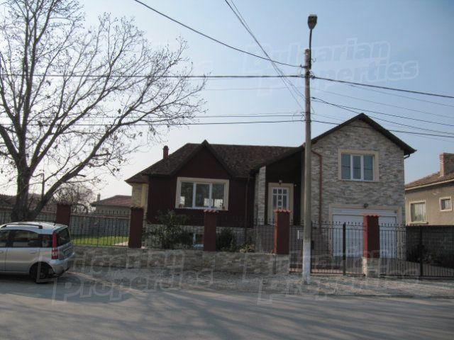 Дом в Пловдиве, Болгария, 247 м2 - фото 1