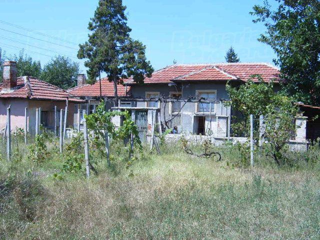Дом в Пловдиве, Болгария, 3400 м2 - фото 1