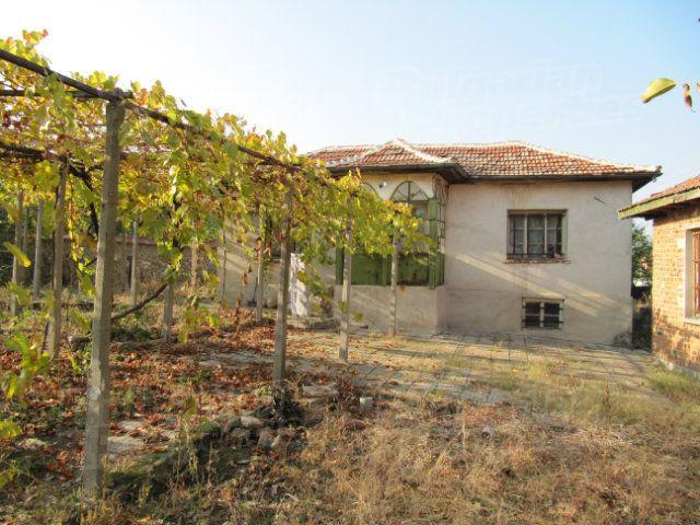 Дом в Пловдиве, Болгария, 1650 м2 - фото 1