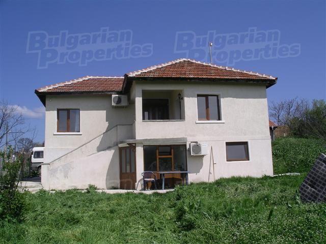 Дом в Ямболе, Болгария, 1780 м2 - фото 1