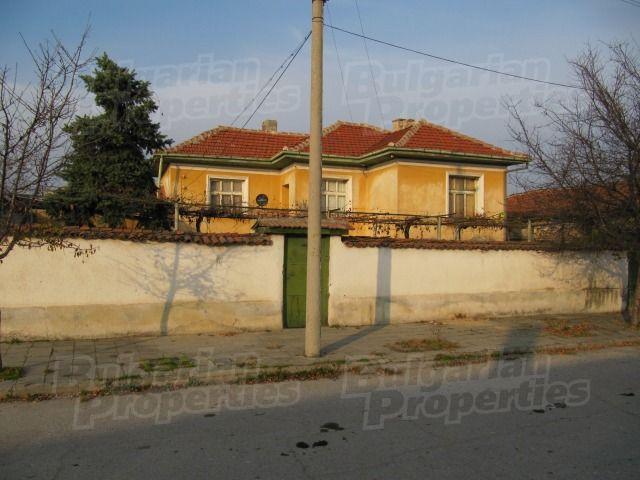 Дом в Пловдиве, Болгария, 140 м2 - фото 1