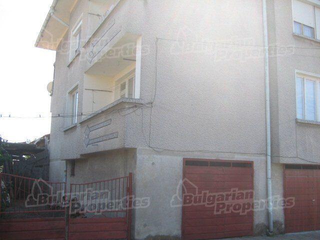 Апартаменты в Ямболе, Болгария, 120 м2 - фото 1