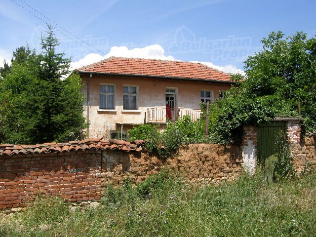 Дом в Пловдиве, Болгария, 1670 м2 - фото 1