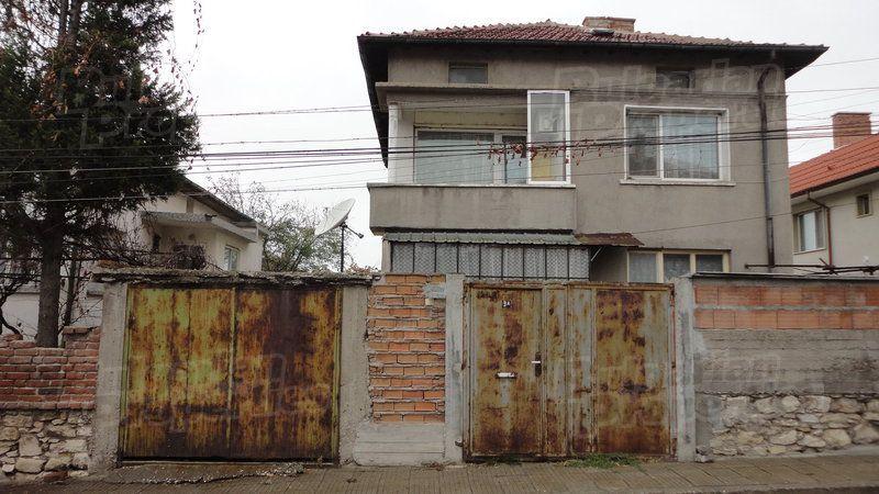 Дом в Стара Загоре, Болгария, 400 м2 - фото 1