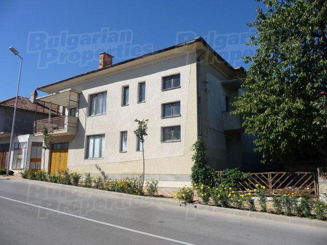 Дом в Бяле, Болгария, 540 м2 - фото 1
