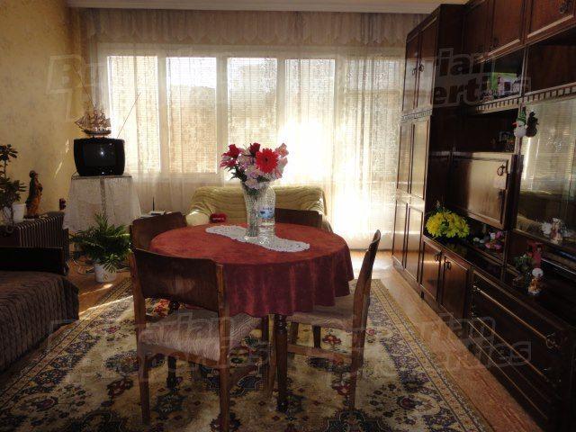 Апартаменты в Стара Загоре, Болгария, 65 м2 - фото 1
