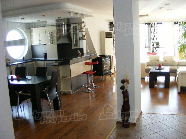 Апартаменты в Варне, Болгария, 100 м2 - фото 1