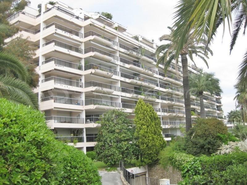 Апартаменты в Гольф-Жуан, Франция, 111 м2 - фото 1