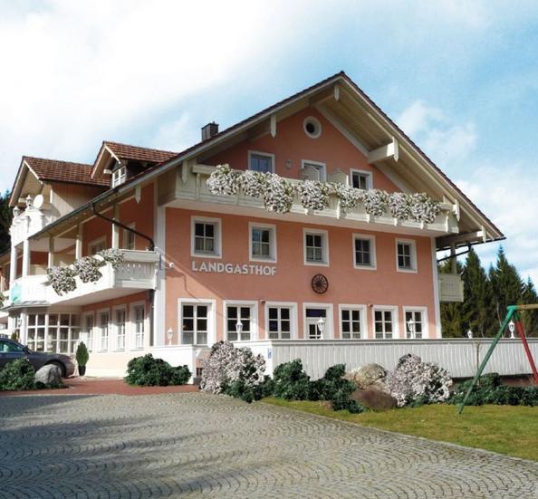 Отель, гостиница в Баварском Лесу, Германия, 1185 м2 - фото 1