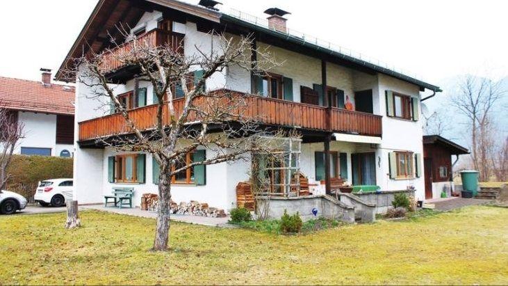 Дом в Гармиш-Партенкирхене, Германия, 246 м2 - фото 1