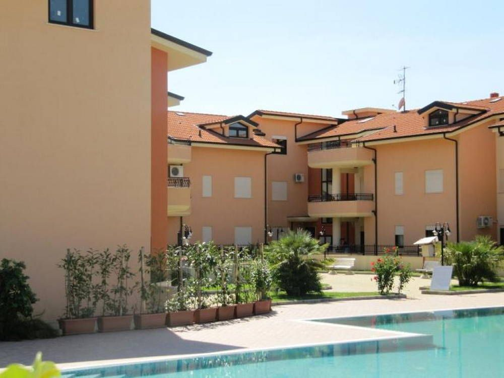 Апартаменты в Пиццо, Италия, 80 м2 - фото 1
