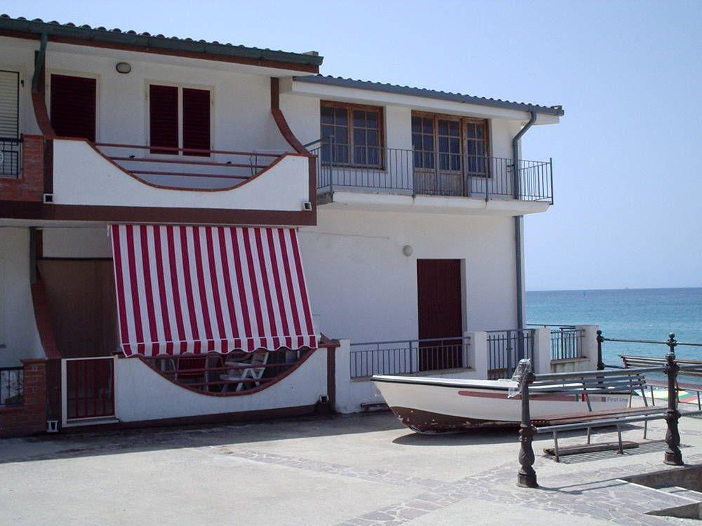 Апартаменты в Вибо Валентии, Италия, 80 м2 - фото 1