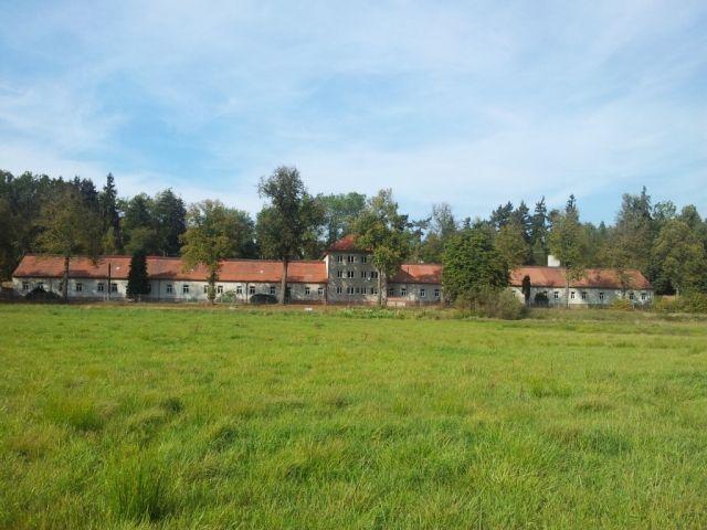 Коммерческая недвижимость Среднечешский край, Чехия, 18000 м2 - фото 1