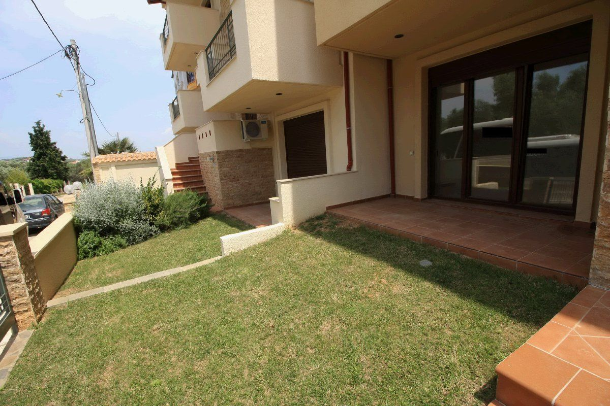 Купить дом в остров Сими за 30 000 евро