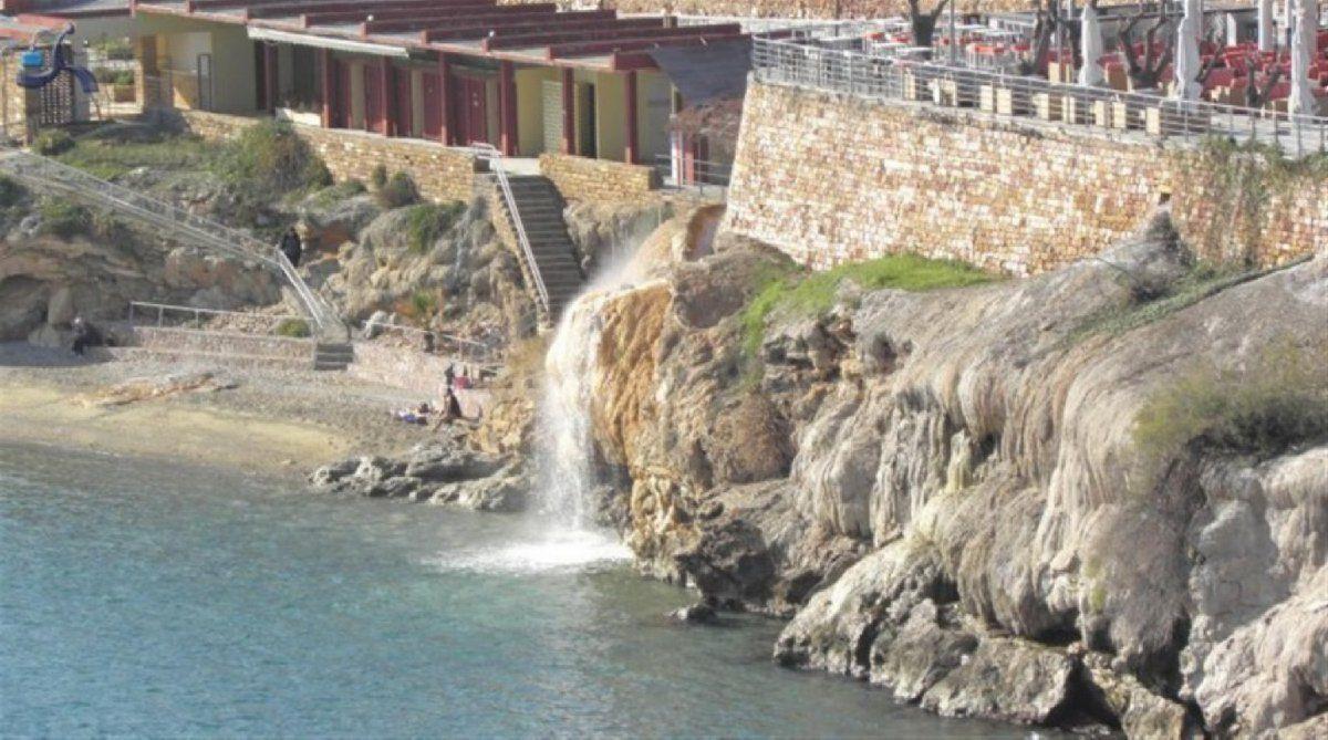Коттедж на Эвбее, Греция, 85 м2 - фото 1