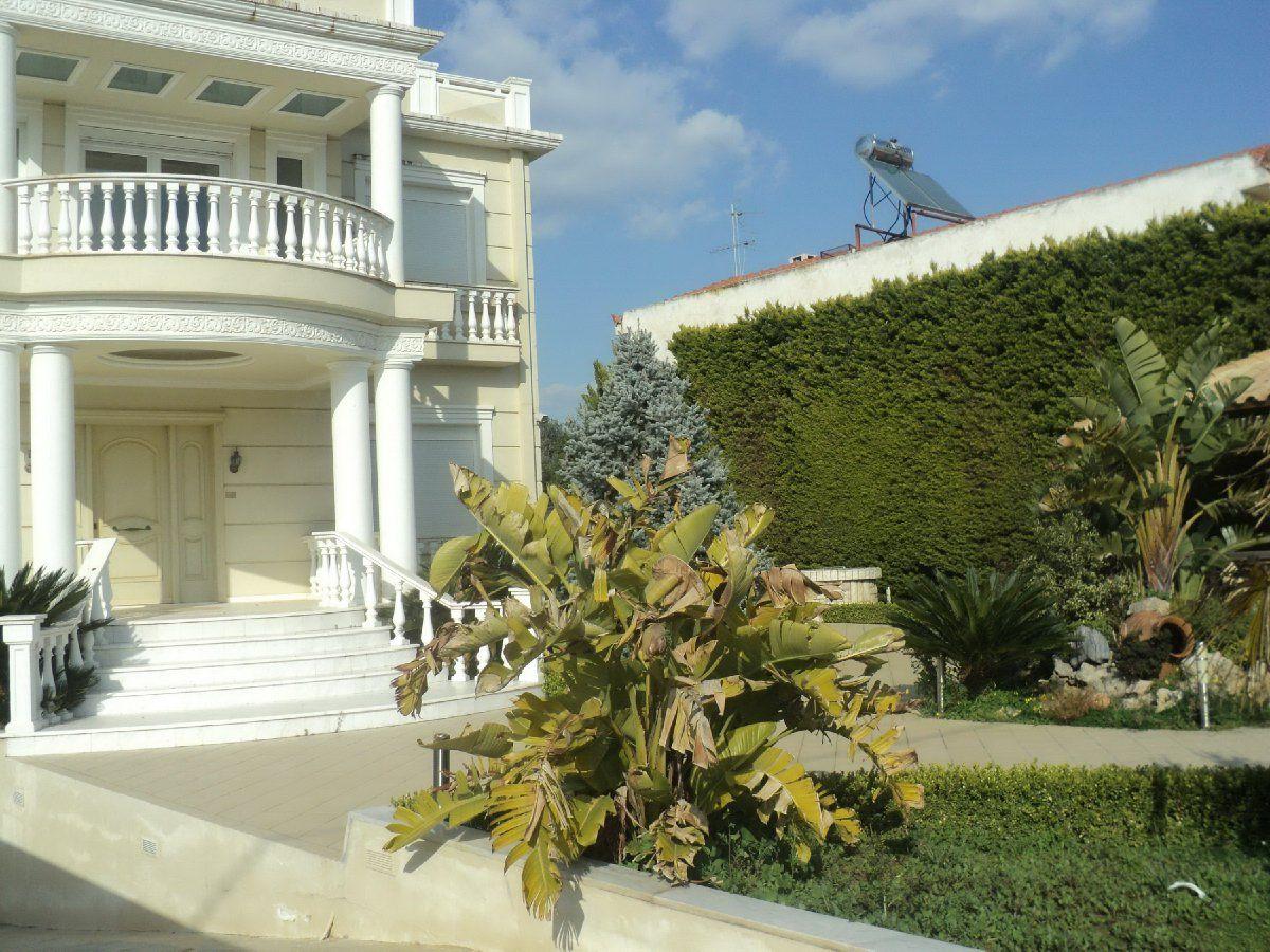 Вилла в Афинах, Греция, 1100 м2 - фото 1
