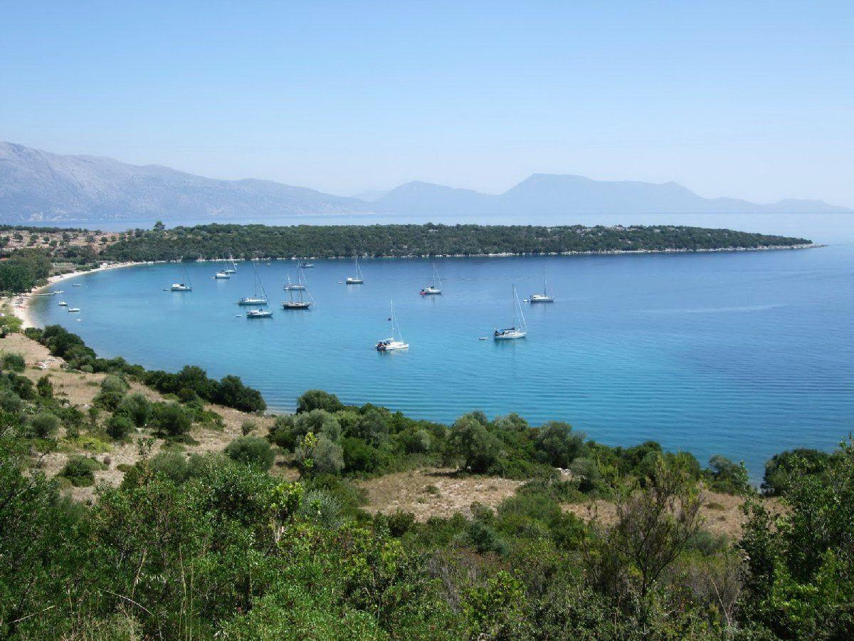 Земля Превеза, Греция, 158000 м2 - фото 1