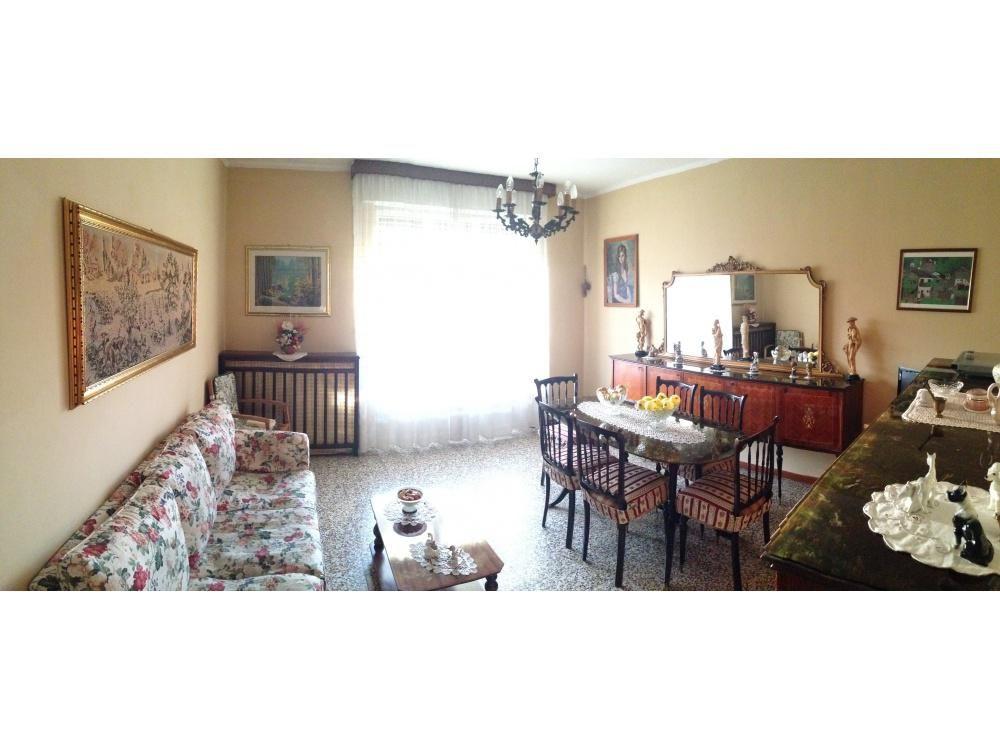 Апартаменты в Ломбардии, Италия, 90 м2 - фото 1